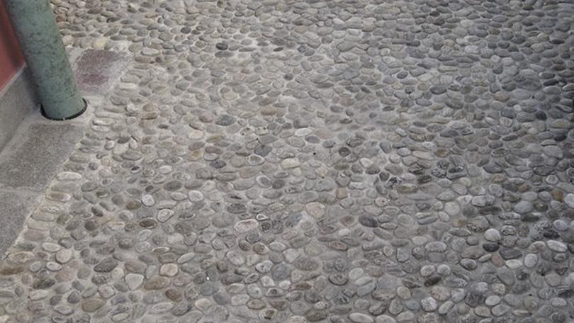 Vendita pavimenti in ciottoli sasso fiume a brescia rizzi
